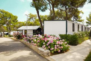 Pauschalreise Hotel Kroatien, Kroatien - weitere Angebote, smartline Waterman Beach Village in Supetar  ab Flughafen Basel
