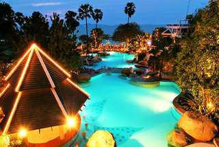 Pauschalreise Hotel Thailand, Pattaya, Long Beach Garden Hotel & Spa and Long Beach Plus in Banglamung  ab Flughafen Berlin-Tegel