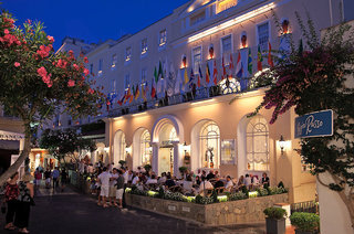 Luxus Hideaway Hotel Italien, Capri, Grand Quisisana in Capri  ab Flughafen Nürnberg