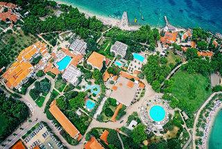Pauschalreise Hotel Kroatien, Kroatien - weitere Angebote, Waterman Svpetrvs Resort in Supetar  ab Flughafen Düsseldorf