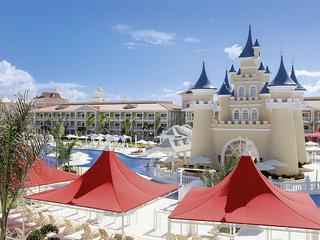 Pauschalreise Hotel  Luxury Bahia Principe Fantasia in Punta Cana  ab Flughafen Bruessel