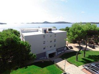 Pauschalreise Hotel Kroatien, Kroatien - weitere Angebote, Villa Arausana & Antonina in Vodice  ab Flughafen Düsseldorf