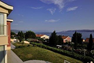 Pauschalreise Hotel Kroatien, Kroatien - weitere Angebote, Family Apartments Novi in Novi Vinodolski  ab Flughafen Bruessel