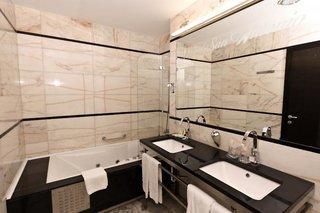 Pauschalreise Hotel Kroatien, Kroatien - weitere Angebote, Hotel San Antonio in Podstrana  ab Flughafen Düsseldorf