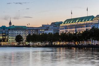 Luxus Hideaway Hotel Deutschland, Städte Nord, Vier Jahreszeiten Hamburg in Hamburg  ab Flughafen Wien