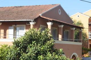 Pauschalreise Hotel Griechenland, Korfu, Dominoes Hotel Apartments in Ypsos  ab Flughafen Bremen