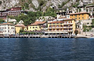 Pauschalreise Hotel Italien, Gardasee & Oberitalienische Seen, Hotel all`Azzurro in Limone sul Garda  ab Flughafen Basel