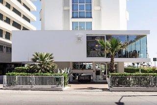 Pauschalreise Hotel Italien,     Italienische Adria,     Regina Elena 57 in Rimini