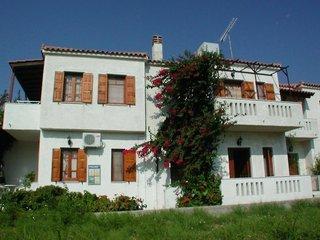 Pauschalreise Hotel Griechenland, Samos & Ikaria, Komissa Studios in Votsalakia  ab Flughafen