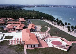 Pauschalreise Hotel Italien, Gardasee & Oberitalienische Seen, Garda Village in Sirmione  ab Flughafen