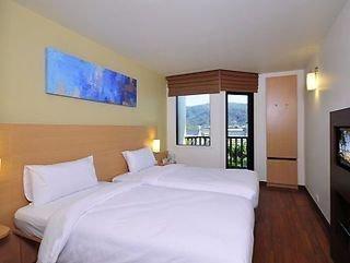 Pauschalreise Hotel Thailand, Phuket, Ibis Phuket Kata in Kata Beach  ab Flughafen Basel