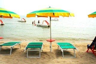 Pauschalreise Hotel Italien, Italienische Adria, Eden Beach Club in Torre Canne  ab Flughafen Berlin-Tegel