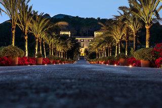 Luxus Hideaway Hotel Spanien, Mallorca, Castell Son Claret in Calvia  ab Flughafen München
