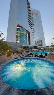 Luxus Hideaway Hotel Vereinigte Arabische Emirate, Dubai, Jumeirah Emirates Towers in Dubai  ab Flughafen Leipzig Halle