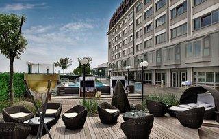 Pauschalreise Hotel Österreich, Wien & Umgebung, Hilton Vienna Danube Waterfront in Wien  ab Flughafen Berlin-Schönefeld