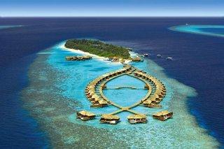 Pauschalreise Hotel Malediven, Malediven - weitere Angebote, Lily Beach Resort & Spa in Huvahendhoo  ab Flughafen Berlin-Schönefeld