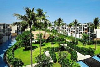 Pauschalreise Hotel Thailand, Phuket, Holiday Inn Phuket Mai Khao Beach Resort in Mai Khao Beach  ab Flughafen Berlin-Schönefeld
