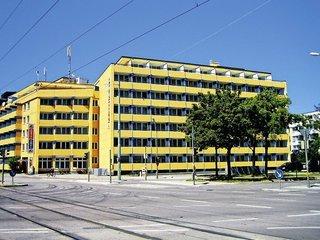 Pauschalreise Hotel Deutschland, Städte Süd, A&O München Hackerbrücke in München  ab Flughafen Berlin