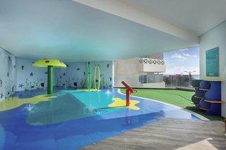 Pauschalreise Hotel Vereinigte Arabische Emirate, Sharjah & Ajman, Wyndham Garden Ajman Corniche in Ajman  ab Flughafen Berlin-Tegel