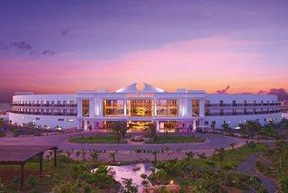 Pauschalreise Hotel Kap Verde, Kapverden - weitere Angebote, Meliá Dunas Beach Resort & Spa in Santa Maria  ab Flughafen Berlin