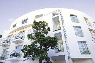 Pauschalreise Hotel Portugal, Madeira, White Waters in Machico  ab Flughafen Bremen