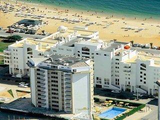 Pauschalreise Hotel Portugal, Algarve, Atismar in Quarteira  ab Flughafen Bruessel