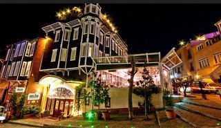 Amiral Palace