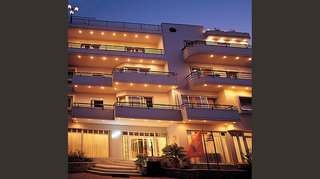Alantha Apartments inkl. Mietwagen