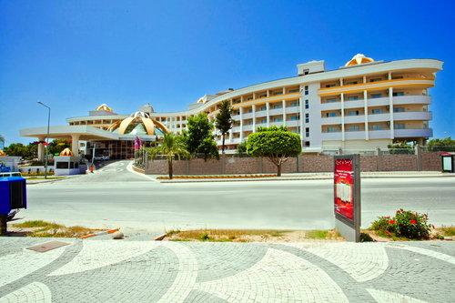 Highlights gültig für Buchungscode AYT975: Im beliebten Ferienort Side-Kumköy Nur ca. 200 m vom Strand entfernt Einkaufsmöglichkeiten zu Fuß ...