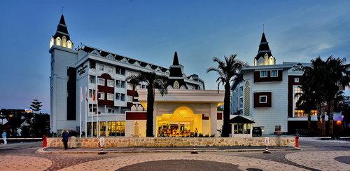Highlights gültig für Buchungscode AYT708: Geschmackvolle 4-Sterne-Hotelanlage Strand nur 400 m entfernt Gute HolidayCheck Bewertungen Schöne, ...