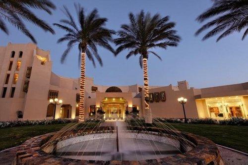 Mövenpick Resort Hurghada  Mövenpick Resort Hurghada:  Unterbringung(en):  Doppelzimmer seitlicher Meerblick (DZK): komfortabel Bad/WC Föhn, ...