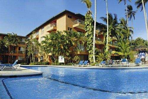 Direkt am flach abfallenden Strand von Boca Chica gelegen. Das Ortszentrum mit Unterhaltungsmöglichkeiten erreichen Sie in nur wenigen ...