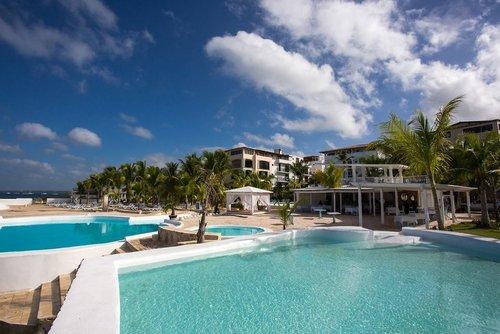 Lage: Ort Bayahibe Lage  direkt am Meer ohne Strand/Bademöglichkeit Strand: felsig, öffentlich, Shuttletransfer  Entfernungen:  Flughafen Punta ...