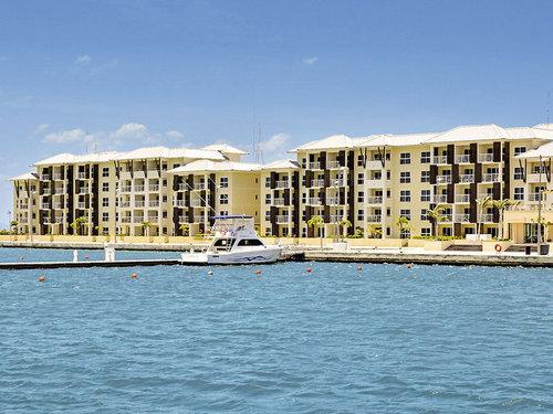 Direkt neben dem Schwesterhotel Meliá Marina Varadero Hotel und somit direkt an der schönen Hafenpromenade des Jachthafens. Nur wenige Meter vom ...