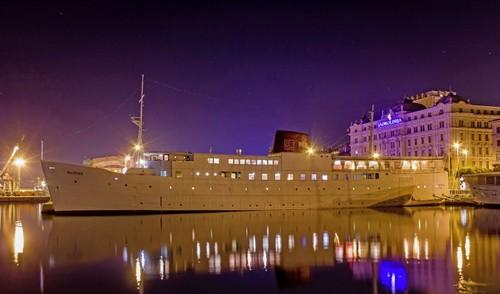 Im Hafen von Rijeka befindet sich ein Hotel der besonderen Art - das