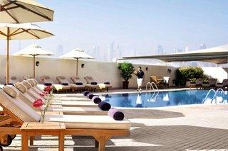 Kombination: Hotel Mövenpick Bur Dubai + Hotel MiramarAl Aqah