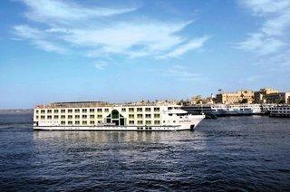 Deluxeschiff & Citadel Azur Resort