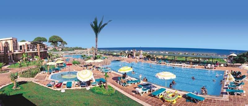 Maritim Pine Beach Resort Belek