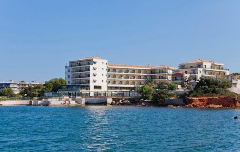Ramada Attica Riviera