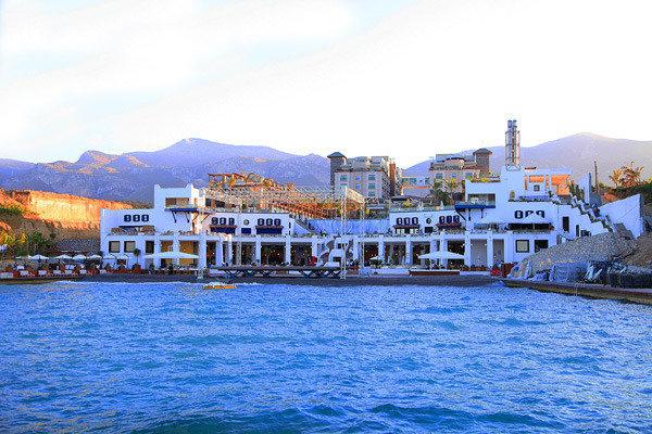 Cratos Premium Hotel und Casino