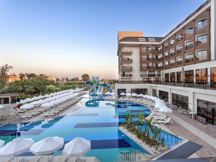 Glamour Resort und Spa
