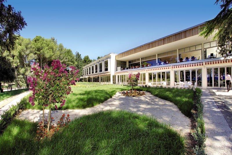 Crvena Luka Hotel und Resort