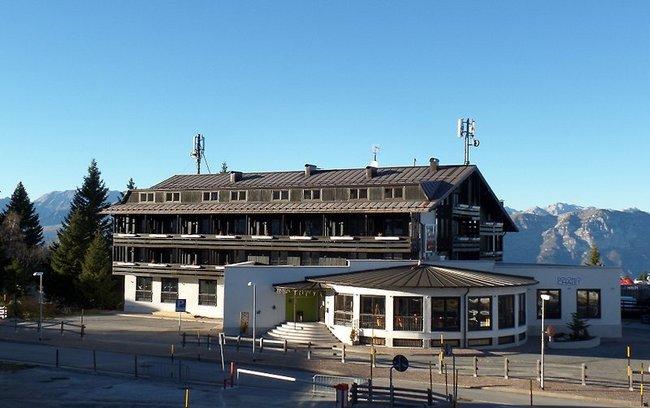 Dolomiti Chalet Family Hotel - Bild 1