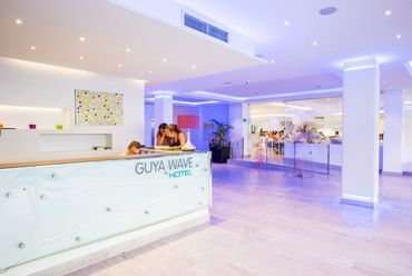Guya Wave Hotel