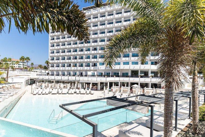 Hotel Caserio