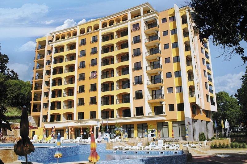 Paradise Green Park Hotel und Apartments